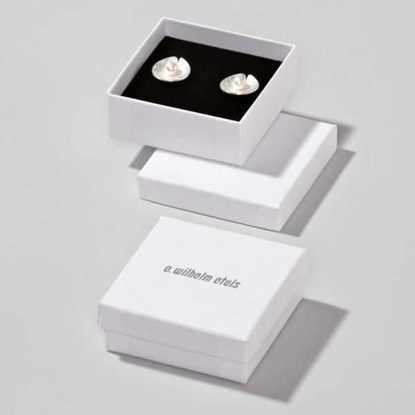 Cardboard box 60 x 60 x 22 mm